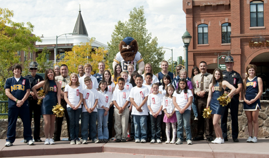 NAU student-athletes and Louie