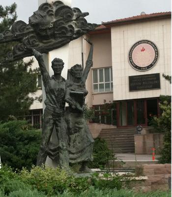 statue at ankara university