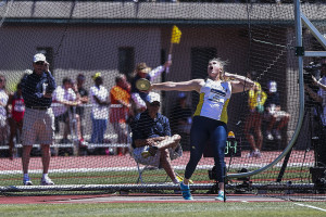 Womens's outdoor track and field