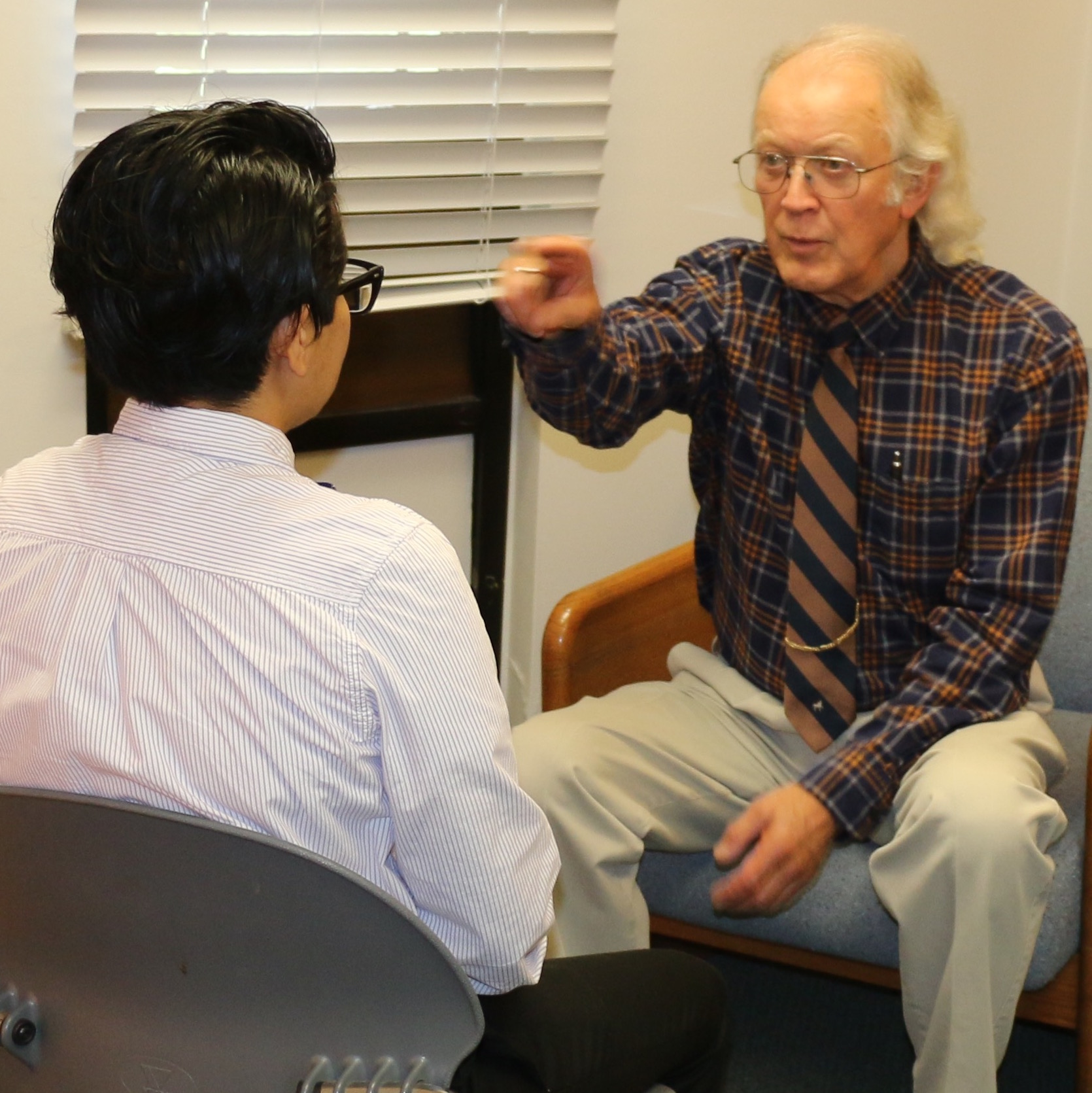 Larry Stevens demonstrates eye movement therapy