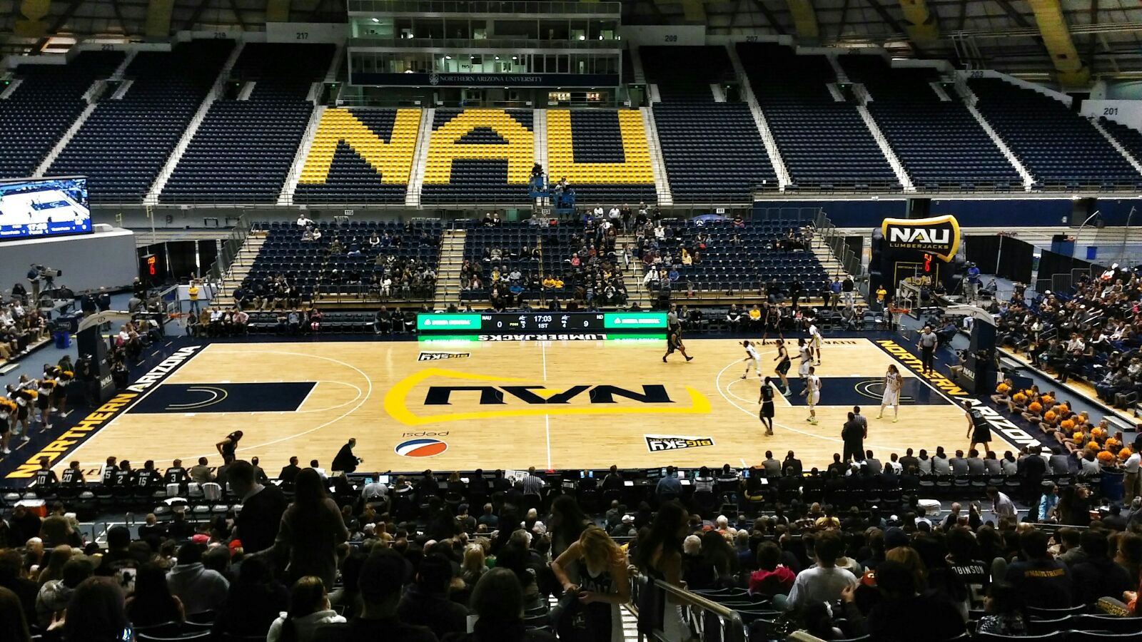 NAU basketball game