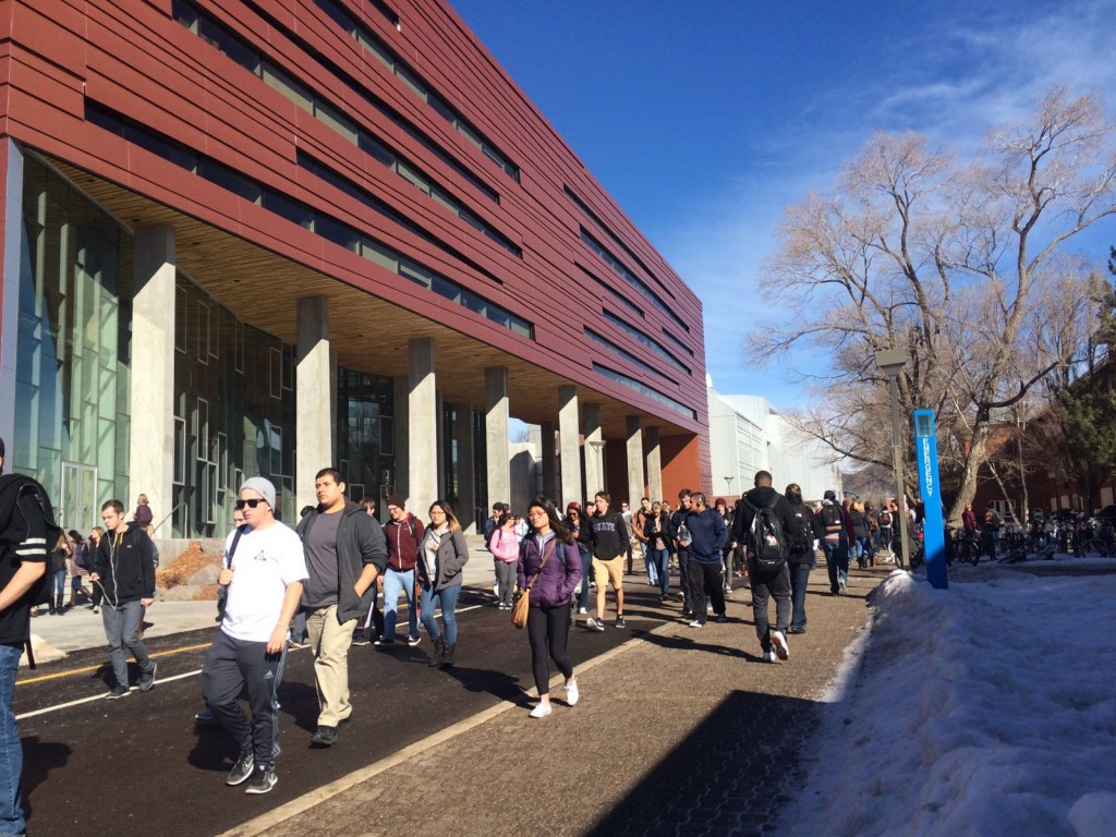 students fill the Pedway in spring