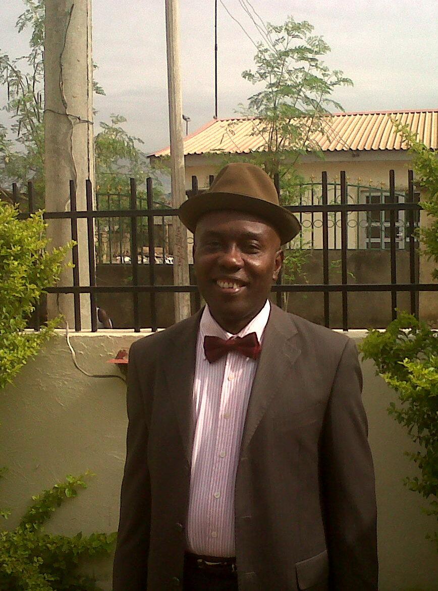 Visiting Fulbright physician Reginald Oputa