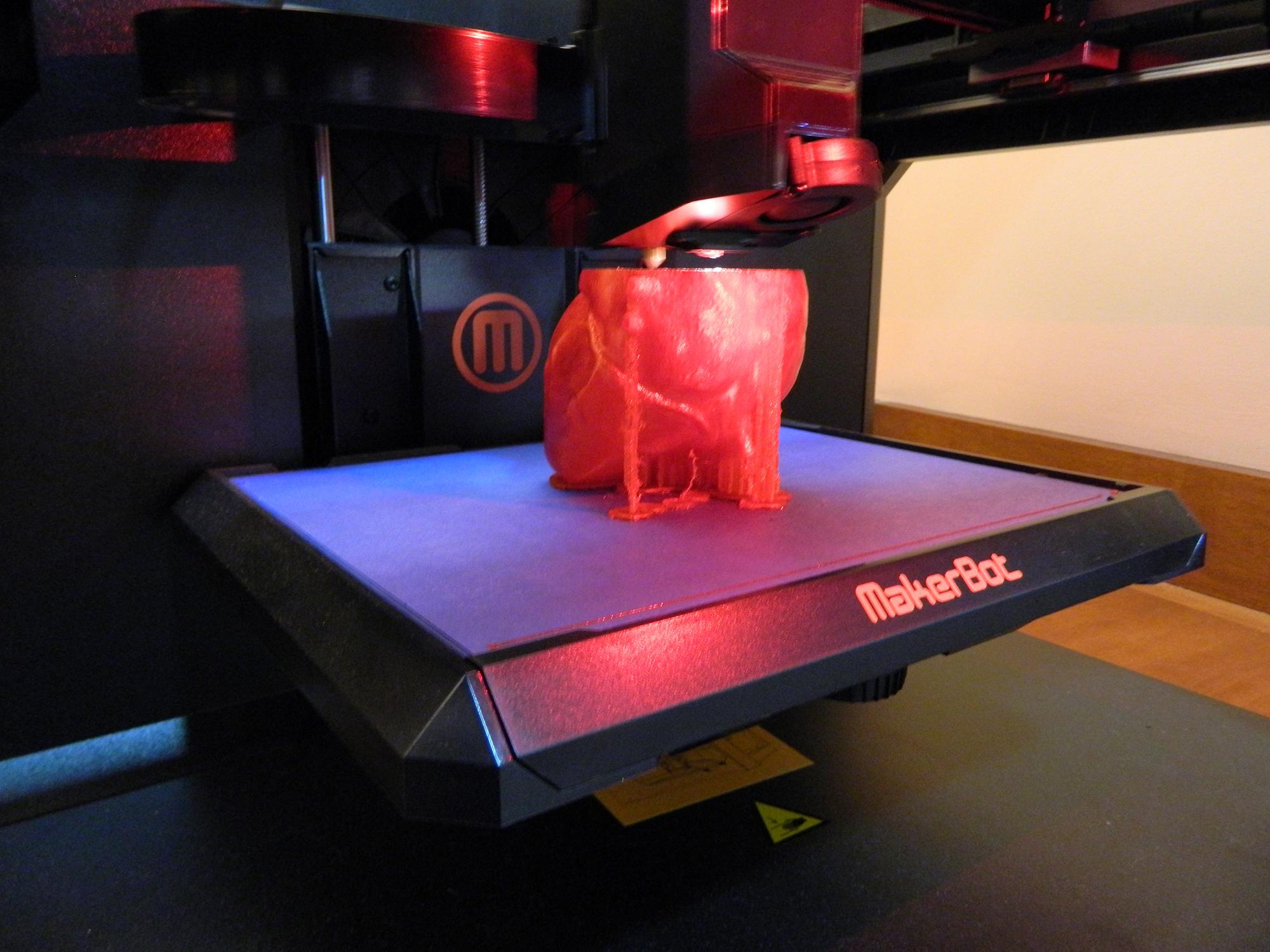 3d printing at MakerLab