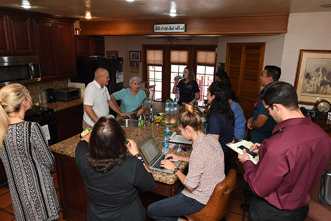 Health profession students meet with adult mentors in their home