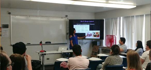 Blanca Acosta teaching Spanish class