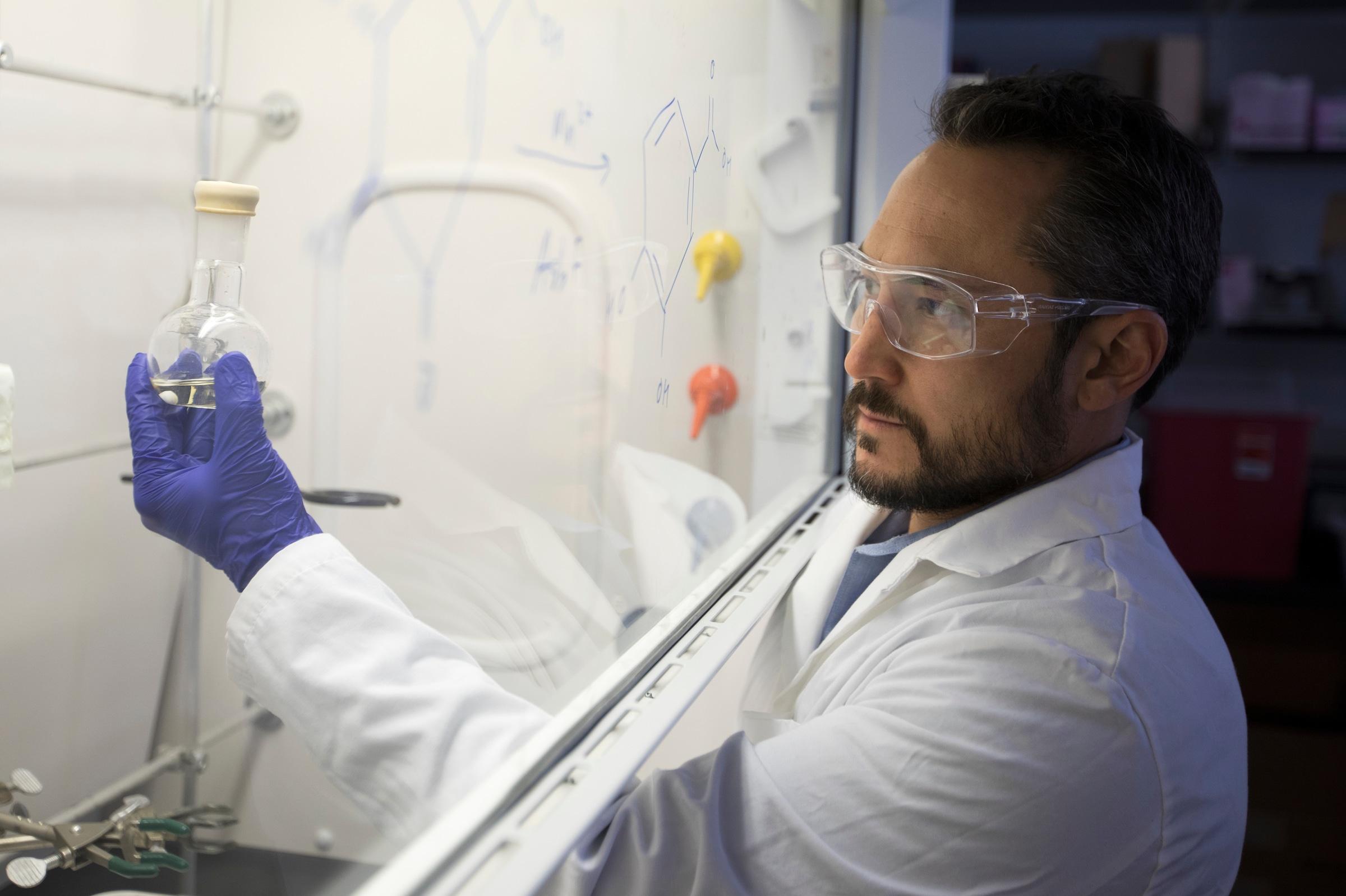 Rob Kellar in lab