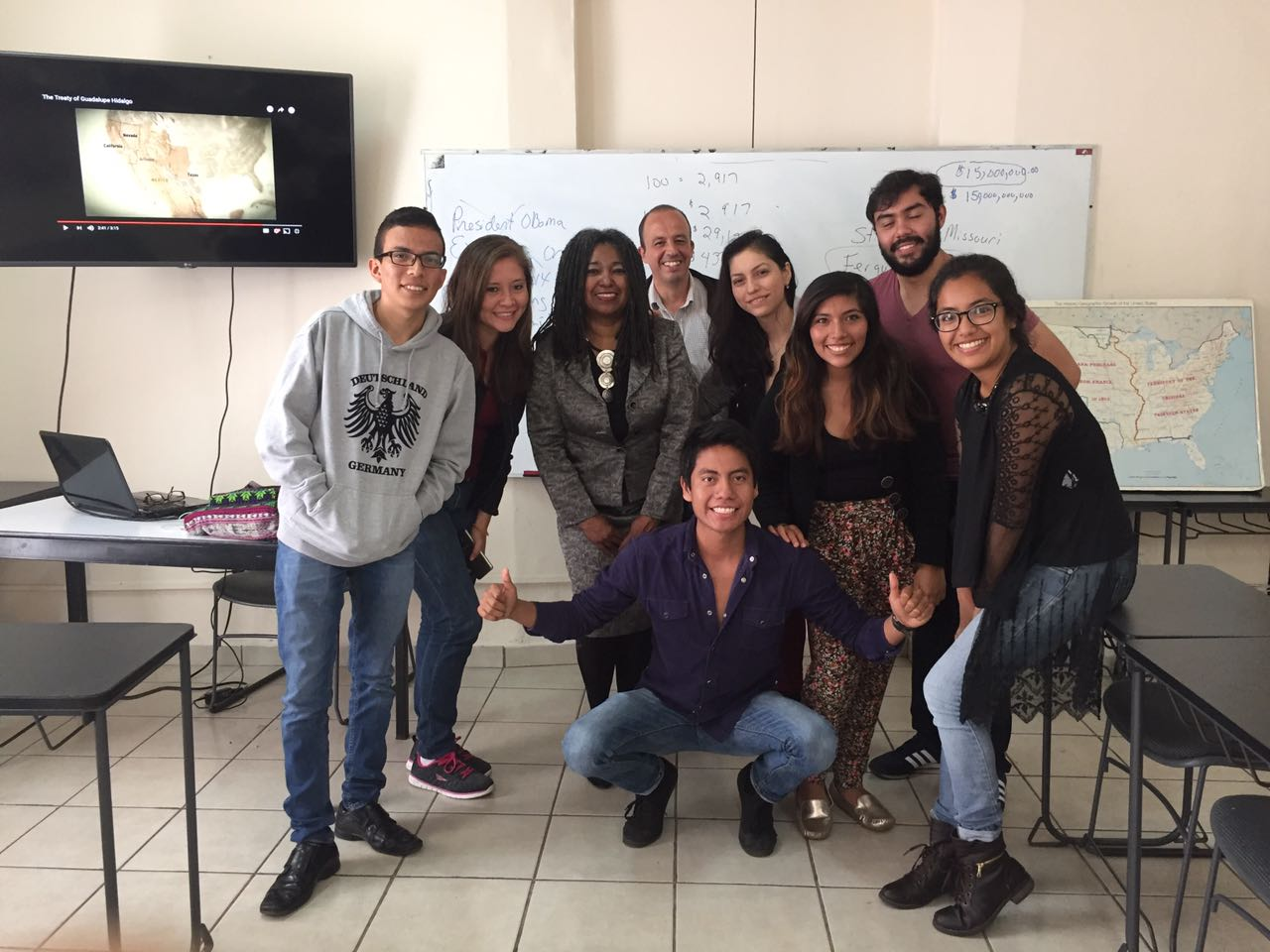 Edythe Weeks in Mexico class