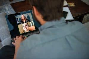 People learning online