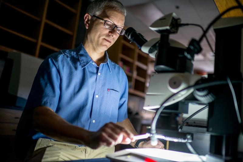Frank von Hippel does research