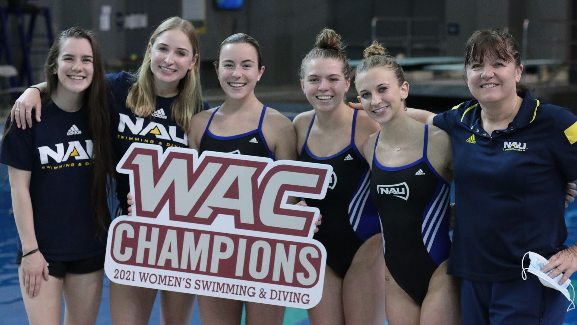 Swimming and diving team WAC champions